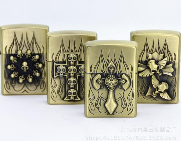 Fashion skull series kerosene lighters Pocket cigarette lighter BC3818