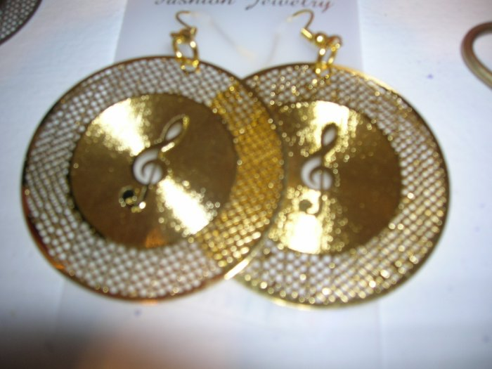 Music Note Earrings - color Gold