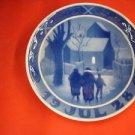 "1928 ROYAL COPENHAGEN RC CHRISTMAS PLATE  ""Vicar Family Going to Church """