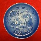 "2006 Bing & Grondahl B&G Children's Day Plate ""The Little Photographer"""