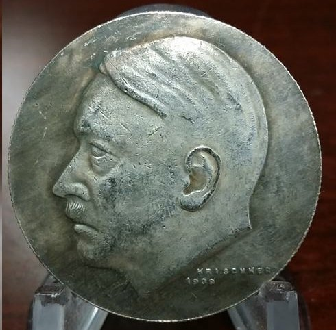WWII WW2 Nazi German ADOLF HITLER medallion medal Coin Swastika
