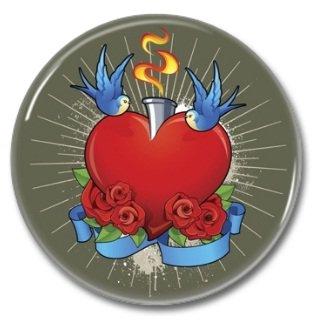 HEARTS button! (25mm, badges, pins, vintage)