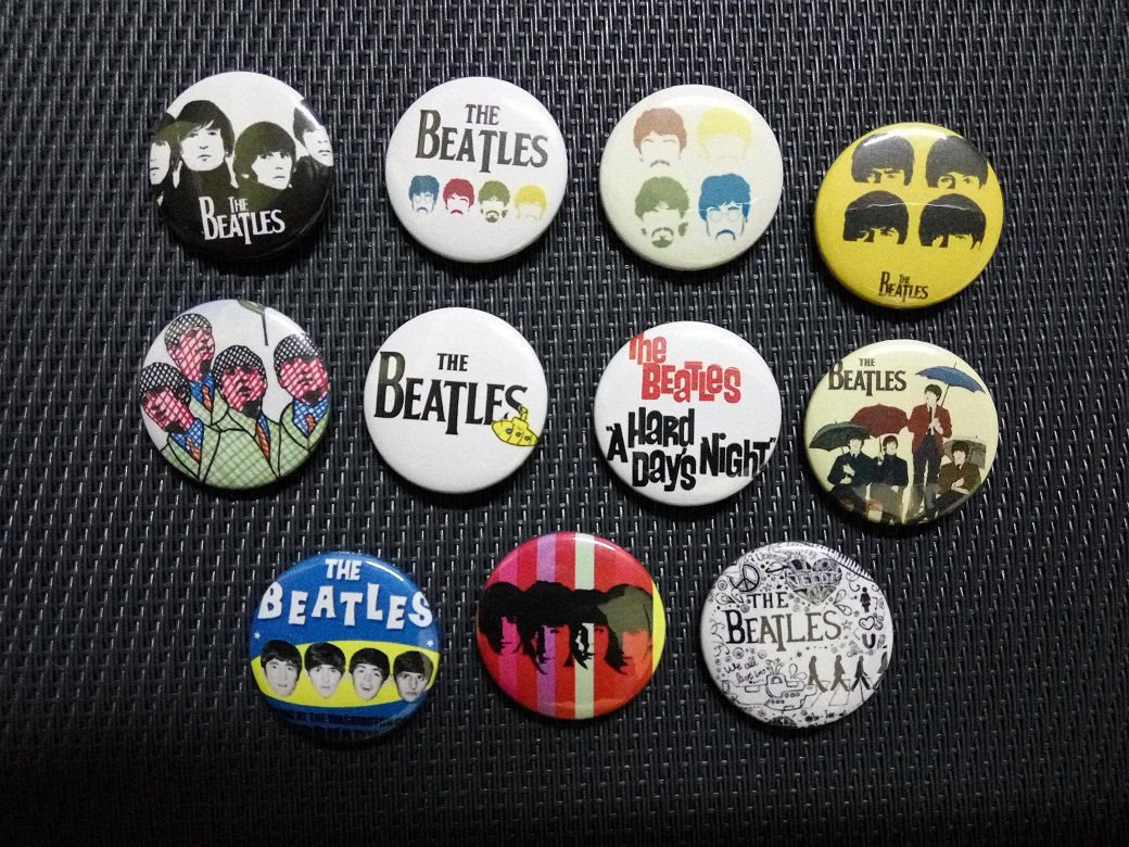 10 x The Beatles band buttons (25mm, badges, pinbacks)