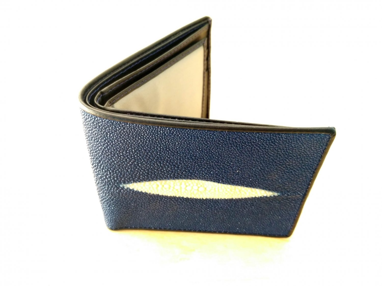 Leather Wallet For Men Blue Color Stingray Skin Wallet Diamond Eye Pattern Bifold Wallet