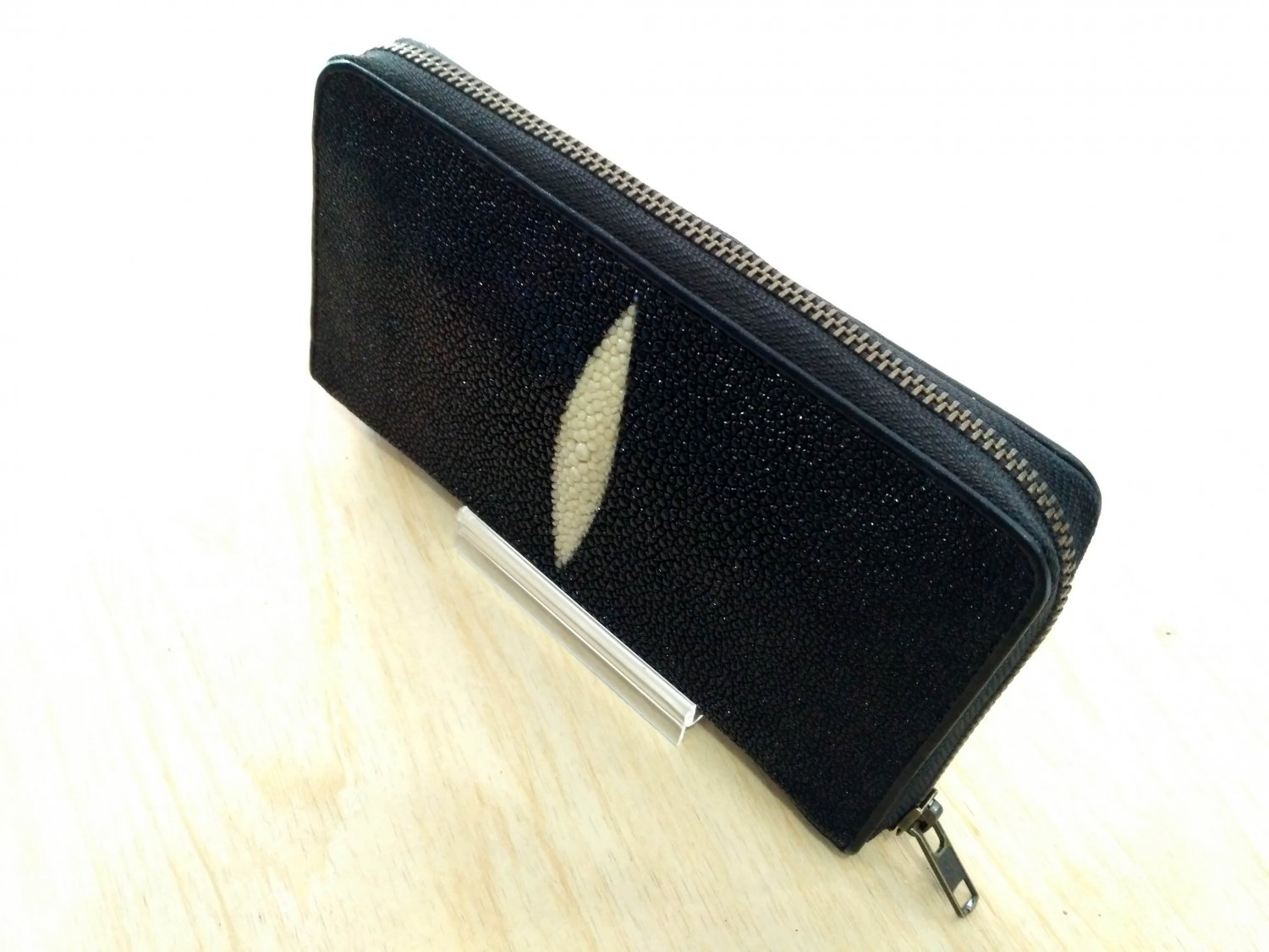 Stingray Leather Women Wallet Zip Around Wallet Clutch Bag Black Color