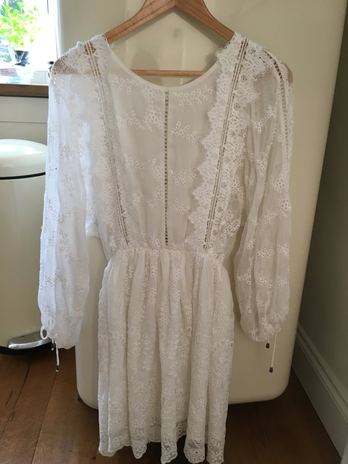 Beautiful white silk lace up dress size M