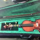 PREMIUM GRADE EUROPEAN 1/2 VIOLIN FOR CHILDREN w SHOULDER REST, MINT CONDITION