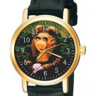 RARE VINTAGE MUPPETS MISS PIGGY V/S THE MONA LISA UNISEX COLLECTIBLE WRIST WATCH