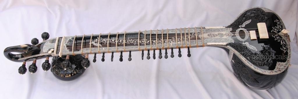 SITAR ROYAL BLACK  TUNNA WOOD PROFFESSIONAL WITH FIBERGLASS CASE GSM005