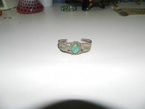 Native America Silver and Turqoise Cuff Bracelet