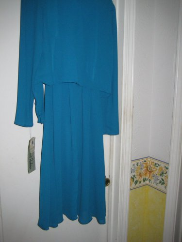 Summer BLUE DRess FOR WORK TO DINNER  BEAUTIFUL FOR any occassion dress. SIZE 10