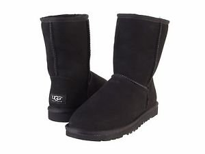 UGG Classic Short Boot, 5825, Size 6, Black, NWT
