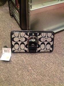 Coach Signature Black Zip Around Wallet NWT3