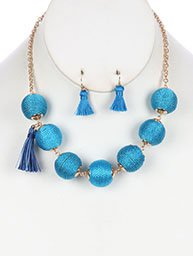 NECKLACE AND EARRING SET COLOR CORD WRAPPED