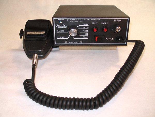 Signal Vehicle SS700 Deluxe 100/200 Watt Siren