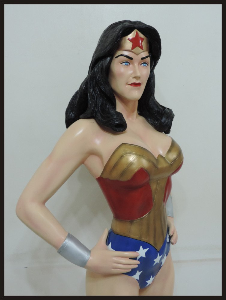 Custom Made Life Size Alex Ross Wonder Woman Statue Prop