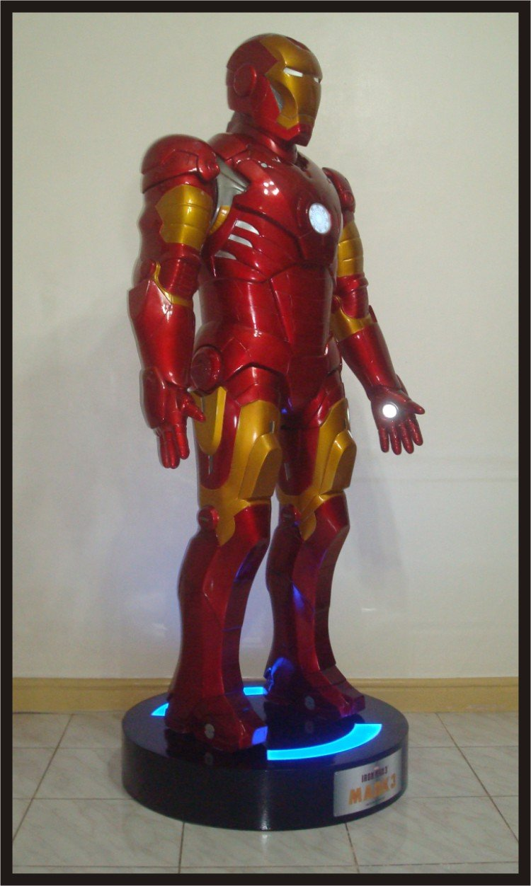 Custom Made Life Size Iron Man Mk3 Superhero Statue Prop