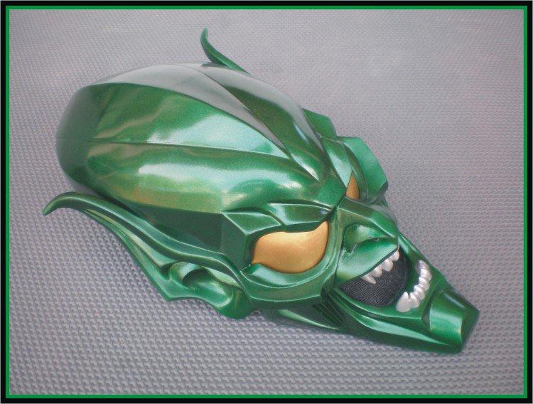 Custom Made Spiderman 2002 Willem Dafoe Green Goblin Life size  Helmet Superhero Prop