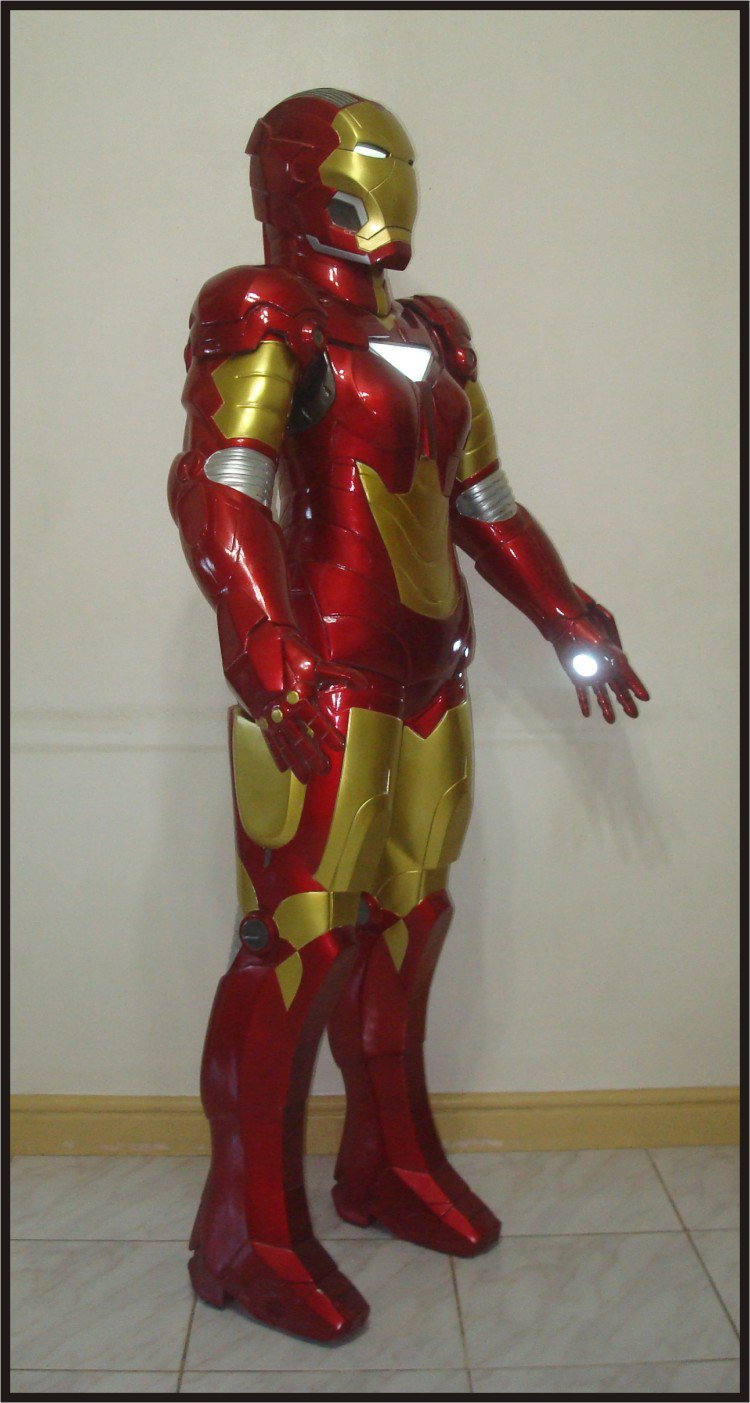 Custom Made Life Size Iron Man/Iron Maiden Pepper Potts Armor Superhero Statue Porp