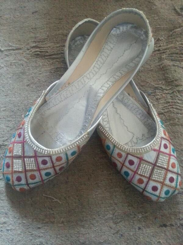 khussa Fashion shoes for WOMAN