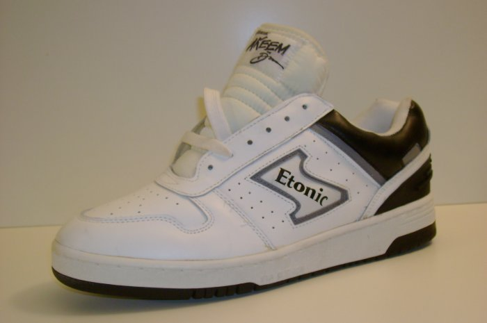 etonic  akeem the dream