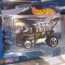 Hot Wheels RACING ~ Draggin' Wagon ~ No. 2 of 4 in the series ~ 1/64 Scale ~ Dated 1999