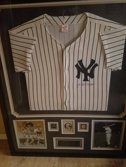 JOE DIMAGGIO NEW YORK YANKEES FRAMED JERSEY MEASURING 35X43
