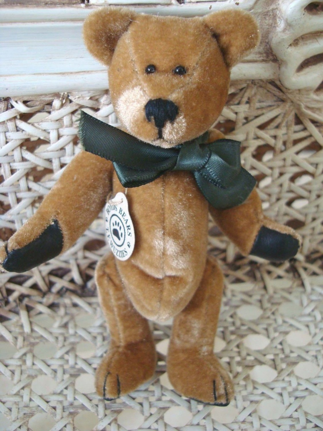 "BOYDS ADORABLE 5"" TALL WUZZIE GOLD MINI BEAR RETIRED **NEW STORE STOCK***"
