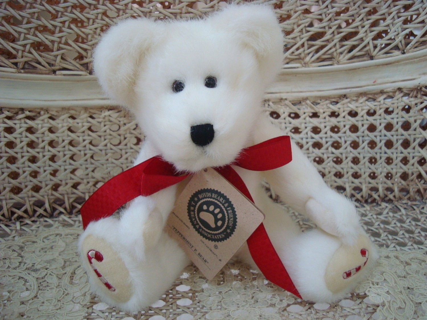 """BOYDS PEPPERMINT P. BEAR 10"""" CANDY CANE CHRISTMAS BEAR *NEW STORE STOCK*"""