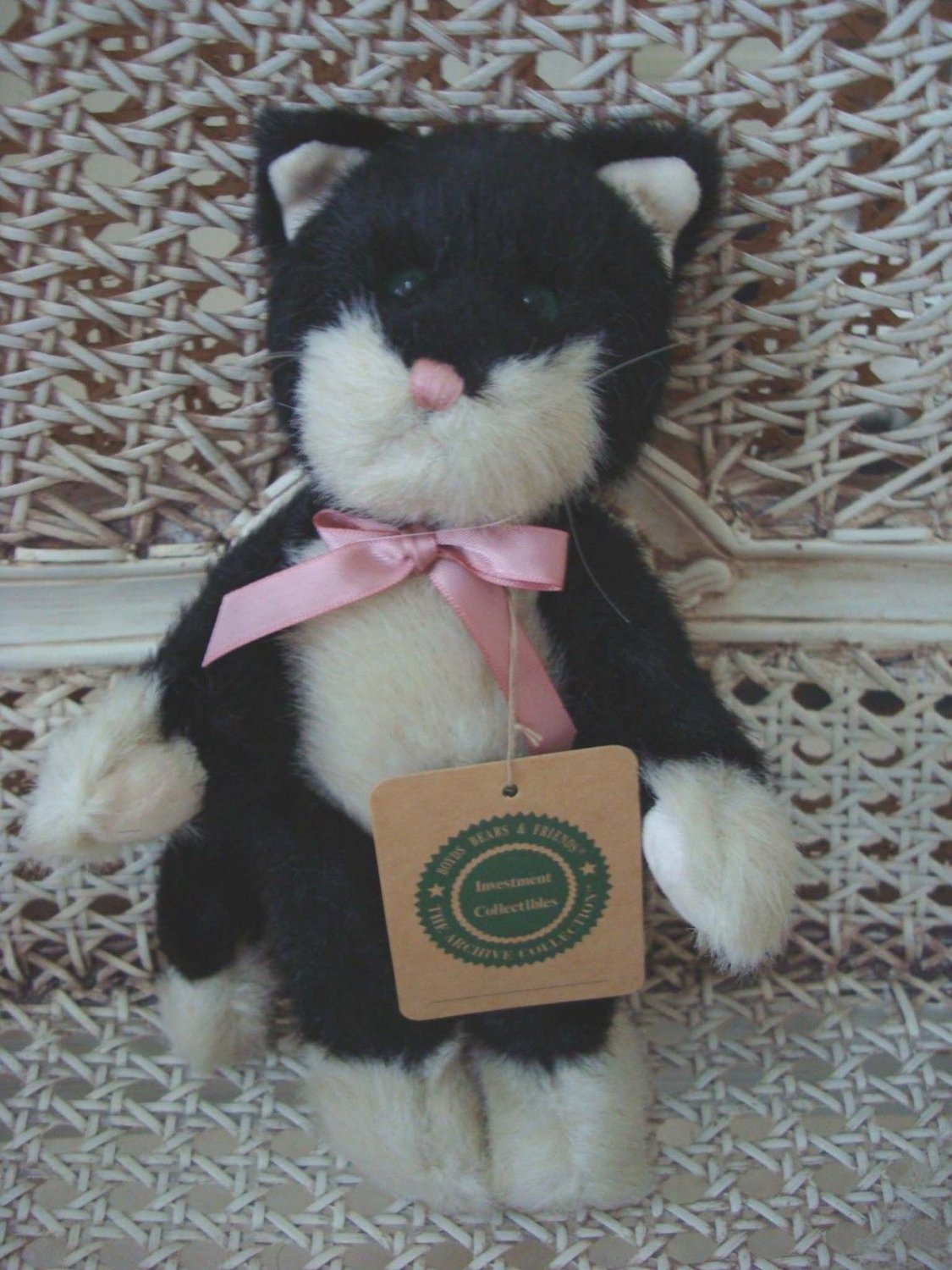 """BOYDS BYRON RETIRED 8"""" TALL BLACK CUTE CAT **NEW STORE STOCK**"""