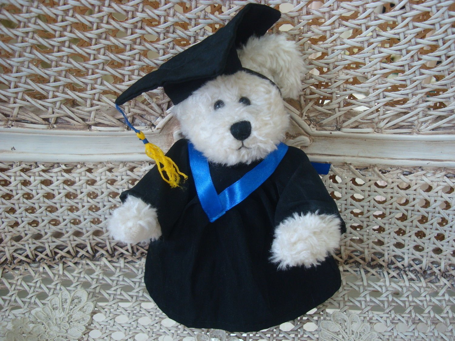 ADORABLE GRADUATION OUTFIT WITH BLUE TRIM FOR BOYD'S BEARS ****SO CUTE****