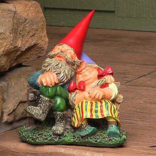 "Al and Anita on Bench Gnome Statue 8"" Tall by Sunnydaze Decor"