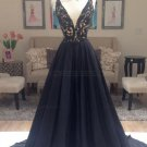 A-Line Long Black Lace V-Neck Prom Dresses Party Evening Gowns E0384