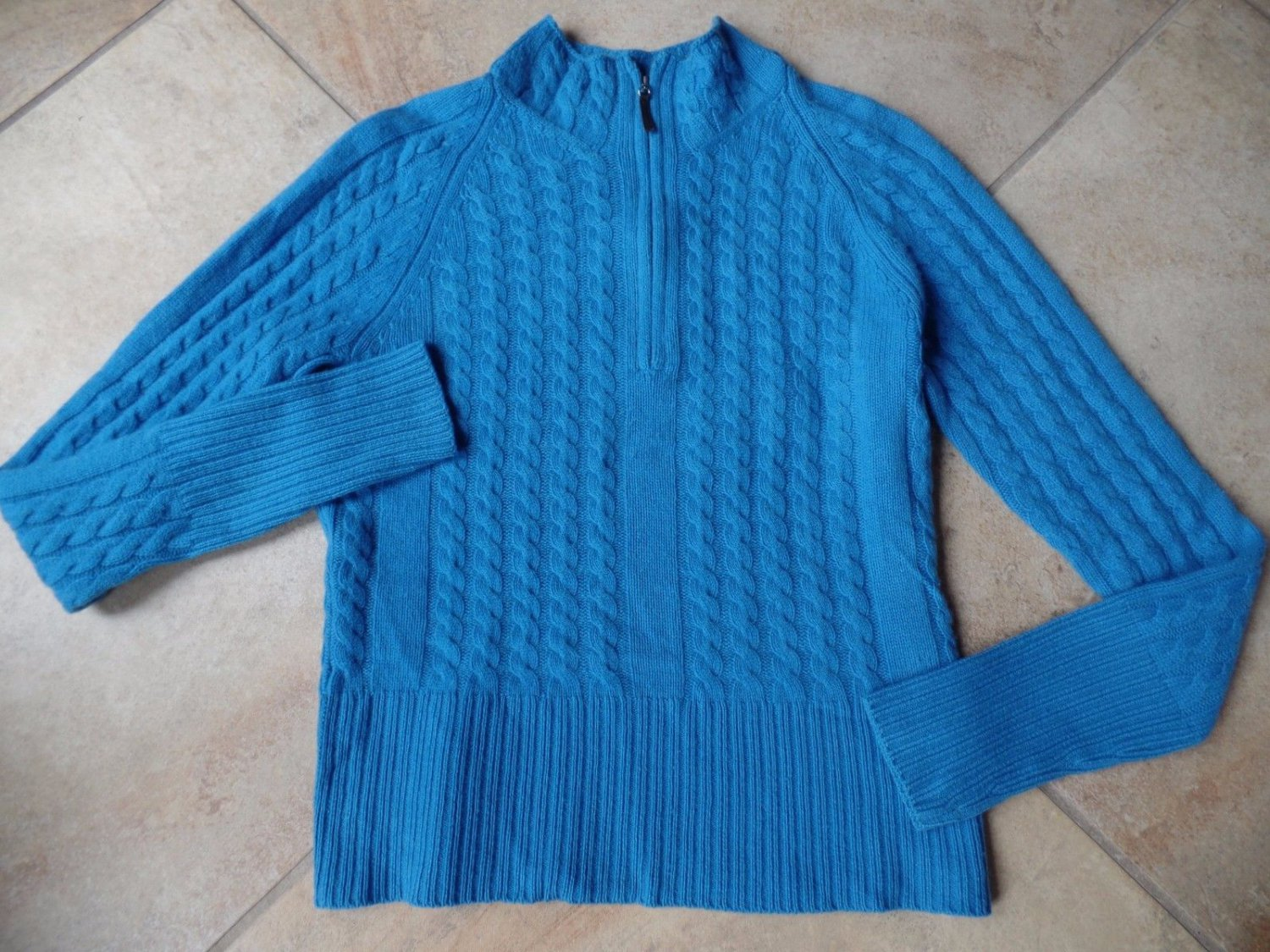 Belford Saks Fifth Avenue Turquoise 100% Cashmere Cable Knit Ski Sweater L