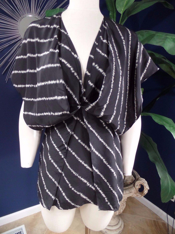 BCBG  MaX Azria Black Printed 100% Silk Kimono Sleeve Tunic Top Shirt Blouse XS