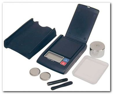 Digital Mini Pocket Scale 200G max, accurate to 0.1g