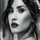 """Demi Lovato  18""""x28"""" (45cm/70cm) Poster"""
