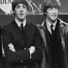 "Paul McCartney  John Lennon  18""x28"" (45cm/70cm) Canvas Print"