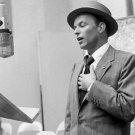 "Frank Sinatra 18""x28"" (45cm/70cm) Canvas Print"