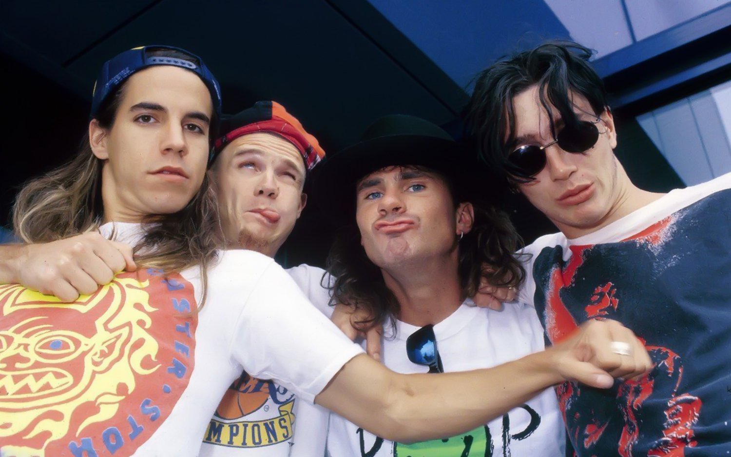 """Red Hot Chili Peppers 18""""x28"""" (45cm/70cm) Canvas Print"""