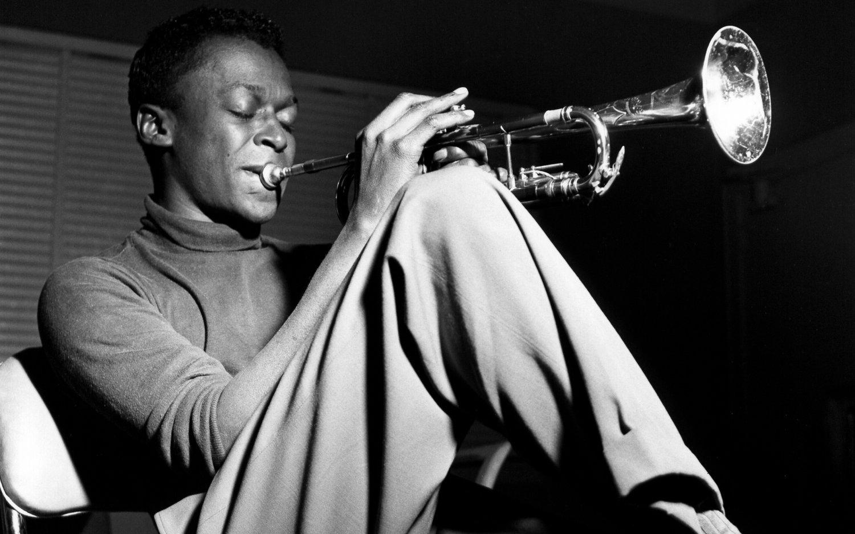 "Miles Davis 8""x12"" (20cm/30cm) Satin Photo Paper Poster"