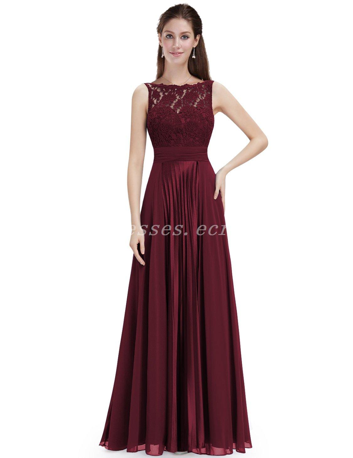Boat Neckline Chiffon Burgundy Bridesmaid Dresses With Lace