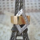 STUNNING VINTAGE PREOWNED 14 KT GOLD DIAMOND RING