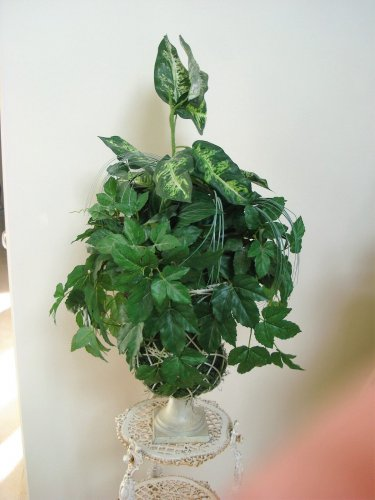LARGE OLD WORLD STYLE FAUX PLANTS IN A METAL URN #2 ***UNIQUE***