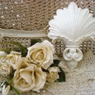SHABBY FRENCH ORNATE CHIC SHELL PAINTED WALL HANGING PLAQUE