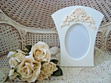 GORGEOUS FRENCH ORNATE 5 X 7 PICTURE FRAME ****SO CHIC****