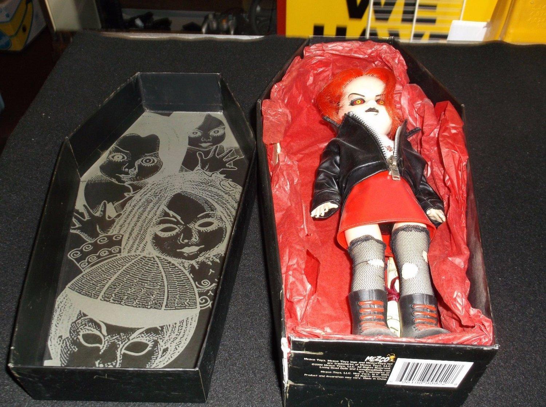 Mezco Toys LIVING DEAD DOLLS - SERIES 5 VINCENT VAUDE  Harry Houdini