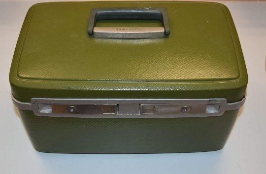 Vintage Samsonite Sentry Olive/Avocado Ladies Makeup/Travel Case, Collectible 1960's w/KEY
