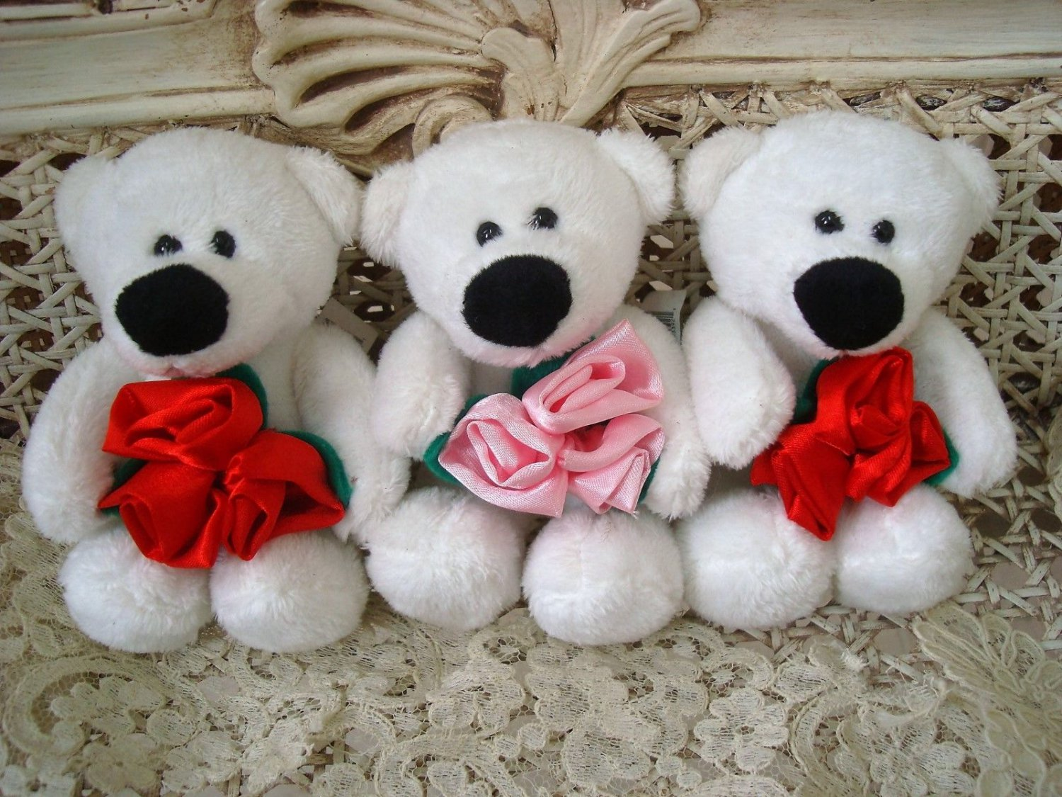 GANZ SET OF 3 VALENTINE'S DAY TEDDY BEARS WITH ROSES **SO CUTE** NEW