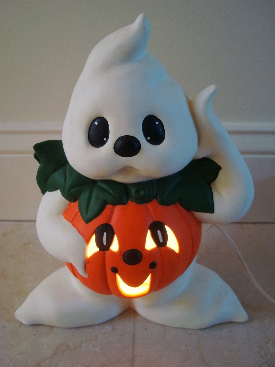 ADORABLE LIGHT UP CERAMIC GHOST DRESSED AS A PUMPKIN ****SO CUTE*****